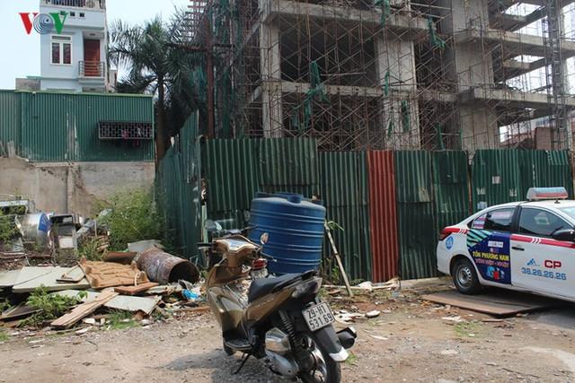 Cận cảnh chung cư nguy cơ cháy nổ cao khiến cư dân luôn sợ hãi - Ảnh 14.