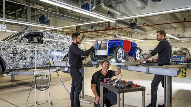Đằng sau siêu xe tí hon Rolls-Royce là câu chuyện bất ngờ và đầy ý nghĩa  - Ảnh 1.