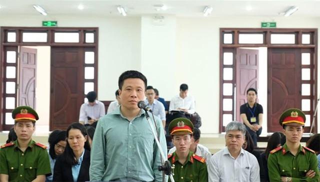 Nguyễn Xuân Sơn xin bồi thường 45/49 tỷ đồng tham ô để thoát án tử hình  - Ảnh 2.