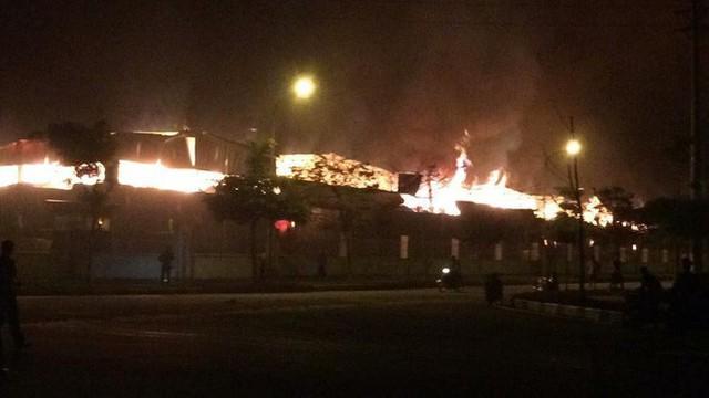 Đang cháy lớn tại khu công nghiệp ở Quảng Ninh - Ảnh 5.