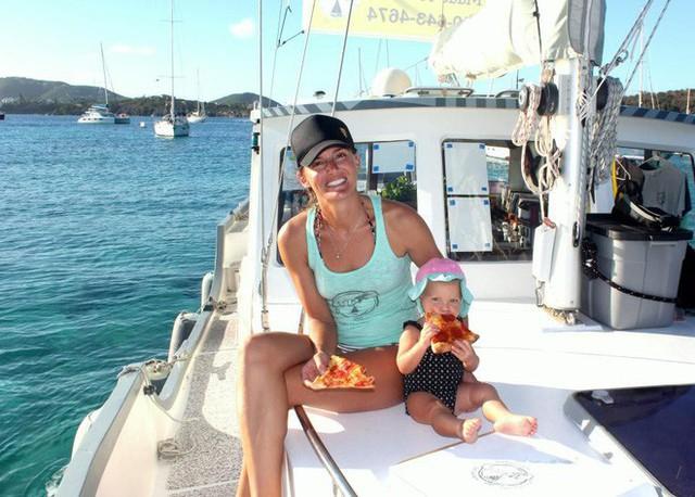 Từ bỏ sự nghiệp ở phố Wall, cặp vợ chồng mở nhà hàng pizza trên biển Caribbean và gặt hái nhiều thành công - Ảnh 6.