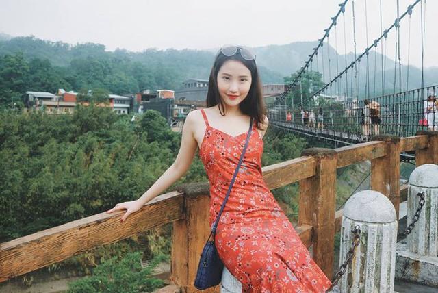 Cận cảnh vẻ sành điệu và gia thế khủng của bạn gái thiếu gia Phan Thành - Ảnh 2.