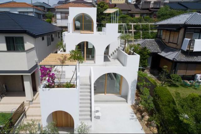 Tròn mắt ngắm ngôi nhà ống cực xinh ở Nhật - Ảnh 2.