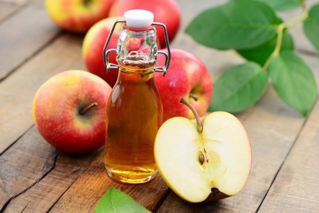 Táo rất tốt cho sức khỏe nhưng đừng nhai hạt táo nếu không muốn bị nhiễm chất kịch độc!  - Ảnh 1.