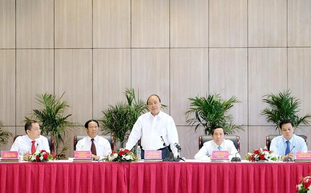 Thủ tướng: Tạo điều kiện để thương hiệu VinFast thành công - Ảnh 3.