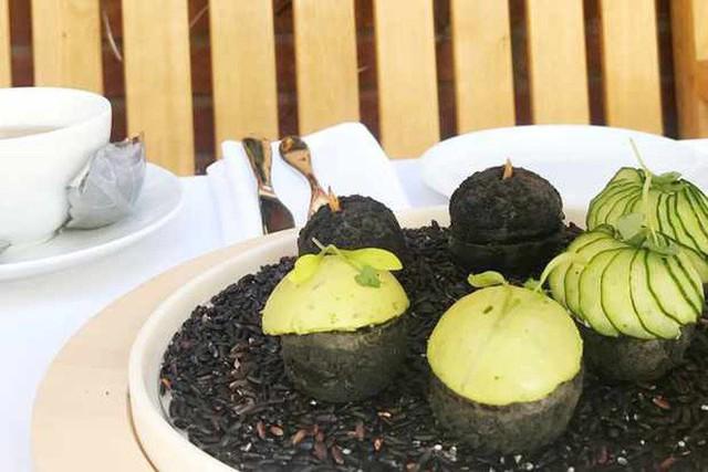 Đến Anh xem cách họ thưởng thức một bữa tiệc trà chiều sang chảnh có giá hơn 1 triệu đồng như thế nào - Ảnh 4.