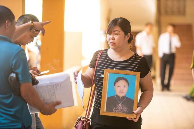 Xét xử bác sĩ Hoàng Công Lương trong vụ 8 bệnh nhân chạy thận tử vong - Ảnh 3.