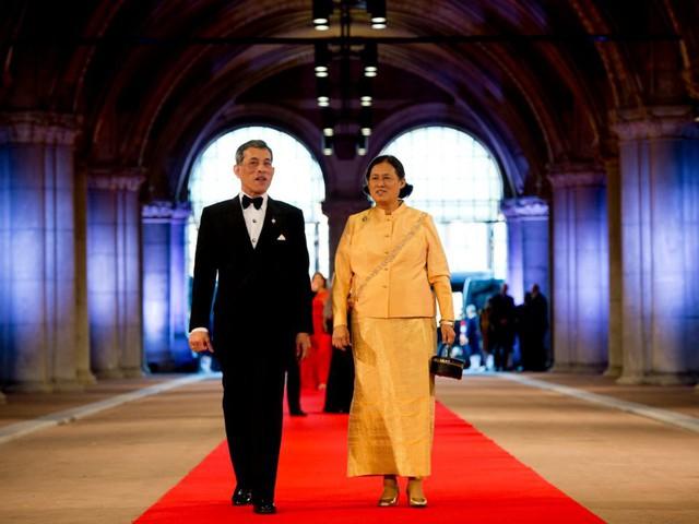 10 thành viên hoàng gia giàu nhất thế giới - Ảnh 1.