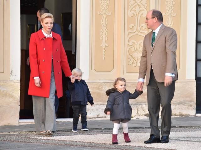 10 thành viên hoàng gia giàu nhất thế giới - Ảnh 10.