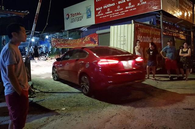 Náo loạn vì bãi đỗ xe lậu lớn nhất Linh Đàm bị đóng cửa - Ảnh 11.
