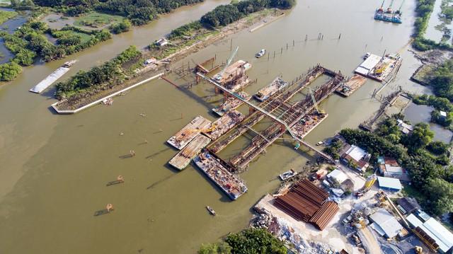 Cận cảnh dự án chống ngập 10.000 tỷ đồng ở Sài Gòn dừng thi công - Ảnh 1.