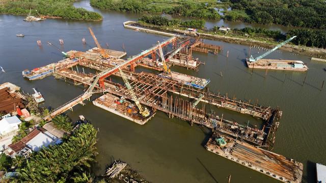 Cận cảnh dự án chống ngập 10.000 tỷ đồng ở Sài Gòn dừng thi công - Ảnh 2.