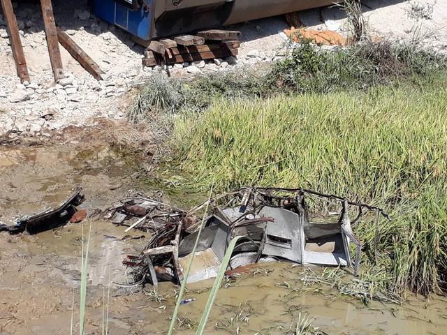 Mới nhất từ hiện trường tai nạn tàu hỏa: Hơn 2000 khách bị ảnh hưởng, gấp rút sửa đường ray - Ảnh 1.