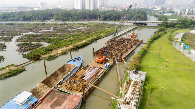 Cận cảnh dự án chống ngập 10.000 tỷ đồng ở Sài Gòn dừng thi công - Ảnh 11.