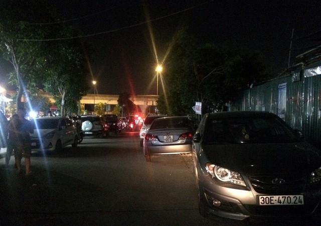 Vụ giải tỏa bãi gửi xe khu chung cư: Nếu sai phạm phải xử lý, việc gì ra việc đó - Ảnh 2.