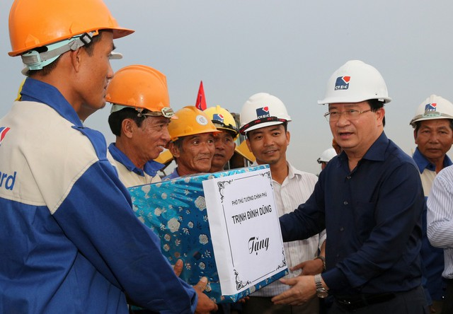 Năm 2020 phải nối thông tuyến cao tốc TPHCM – Cần Thơ - Ảnh 1.
