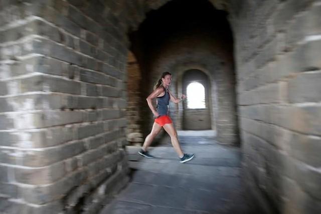 Ảnh ấn tượng về cuộc marathon đặc biệt trên Vạn Lý Trường Thành - Ảnh 12.