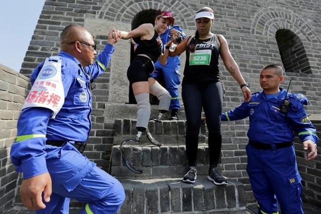 Ảnh ấn tượng về cuộc marathon đặc biệt trên Vạn Lý Trường Thành - Ảnh 9.