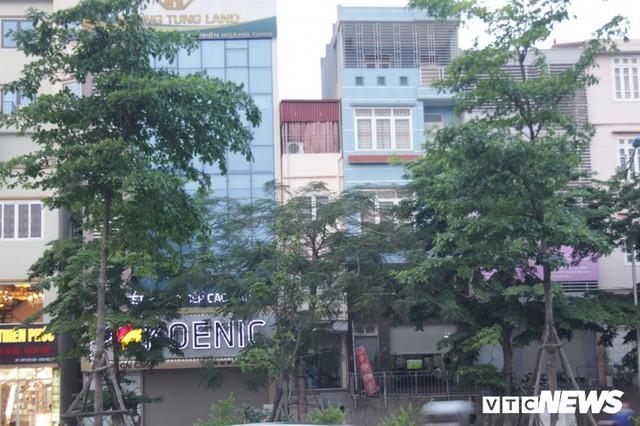 Những căn nhà siêu mỏng đắt hơn vàng ở Hà Nội - Ảnh 9.