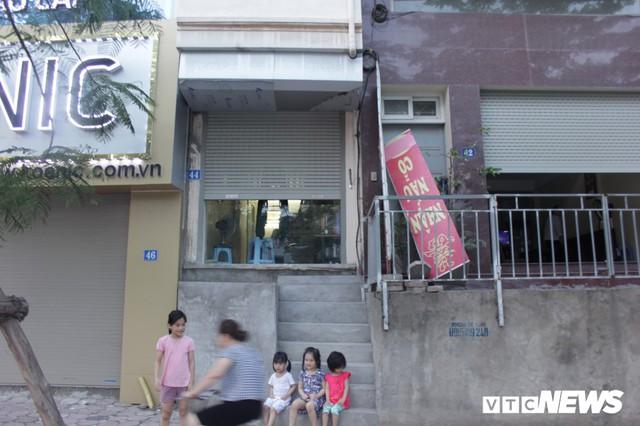 Những căn nhà siêu mỏng đắt hơn vàng ở Hà Nội - Ảnh 10.