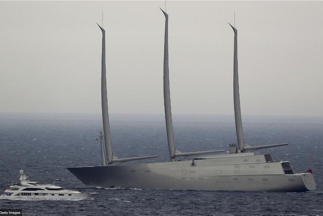 Chiêm ngưỡng siêu du thuyền lớn nhất thế giới của tỷ phú Nga: Công trình vĩ đại nhất khiến bất kỳ ai cũng phải choáng ngợp - Ảnh 1.