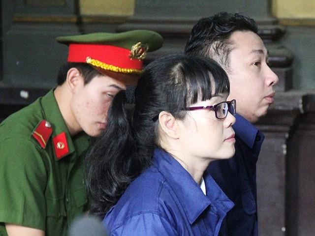 Vụ Huyền Như: Chờ tòa tuyên ai bồi thường - Ảnh 1.