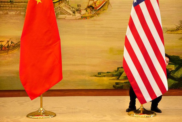 Mỹ công bố mức thuế nhập khẩu 25% đối với các sản phẩm công nghệ Trung Quốc - Ảnh 1.