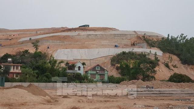 Tận thấy các ngọn đồi trọc đầu vì dự án ở Hạ Long - Ảnh 4.