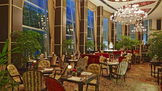 Bên trong khách sạn siêu sang Lãnh đạo Triều Tiên Kim Jong-un lưu trú ở Singapore có gì đặc trưng? - Ảnh 5.