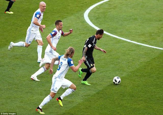 Trước những chiến binh Viking, Messi cúi mặt hát bài Đừng khóc cho tôi, Argentina - Ảnh 13.