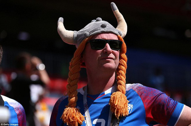 Trước những chiến binh Viking, Messi cúi mặt hát bài Đừng khóc cho tôi, Argentina - Ảnh 9.