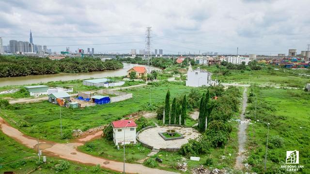 Cận cảnh dự án khu dân cư Bắc Rạch Chiếc bỏ hoang gần 20 năm ở trung tâm TP.HCM - Ảnh 12.