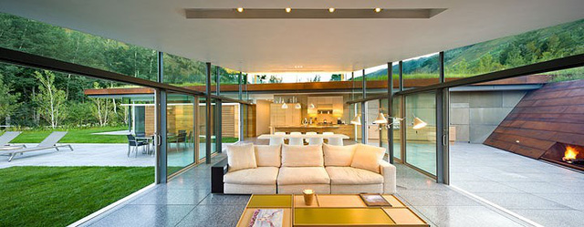 """Ngôi nhà trong núi vô cùng đặc biệt có phần mái """"lợp cỏ"""" - Ảnh 8."""