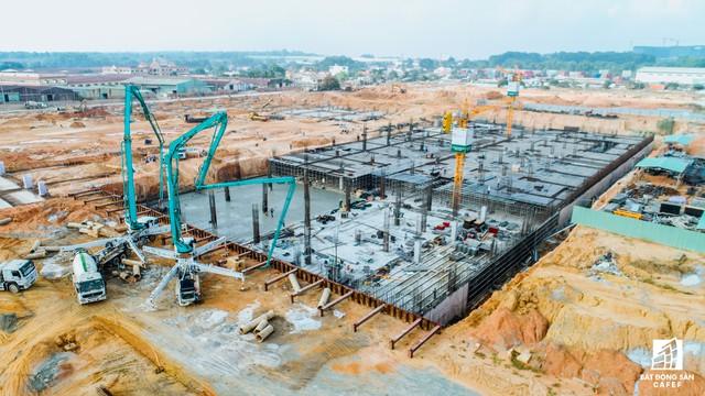 Những hình ảnh mới nhất về Dự án Bến xe miền Đông mới 4.000 tỷ đồng làm mãi không xong - Ảnh 4.