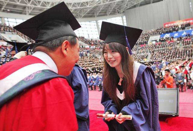 Trẻ em Nhật Bản, Hàn Quốc, Trung Quốc đứng đầu thế giới về kết quả học tập toán và khoa học, đâu là bí quyết các phụ huynh này giúp con phát huy hết tiềm năng và sự thông minh - Ảnh 4.