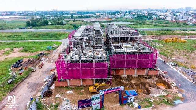 Ngổn ngang dự án khu thành thị 2 tỷ đô ven bờ sông đẹp nhất Sài Gòn sau gần 10 năm đầu tư - Ảnh 12.