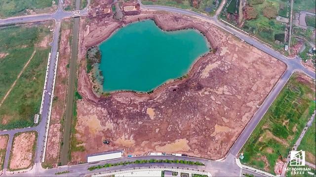 Ngổn ngang dự án khu thành thị 2 tỷ đô ven bờ sông đẹp nhất Sài Gòn sau gần 10 năm đầu tư - Ảnh 4.