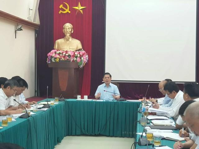 Bộ trưởng Giao thông: 15/7 phải đưa điện lưới quốc gia kết nối có hệ thống các con phố sắt Cát Linh – Hà Đông - Ảnh 1.