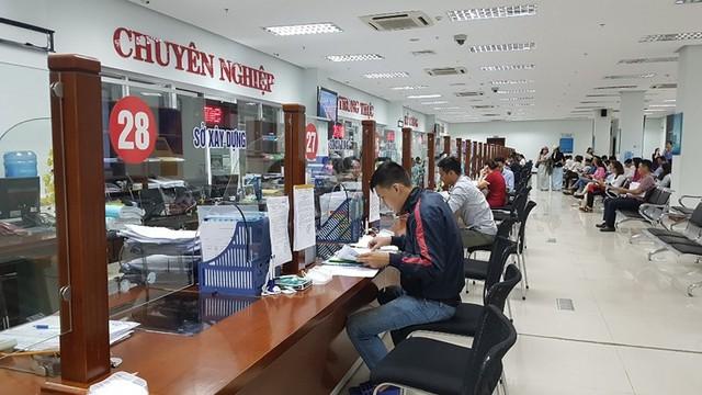 Đà Nẵng hỗ trợ đến 200 triệu đồng cho người tự thôi việc - Ảnh 1.