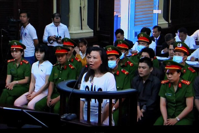 Nhóm khủng bố sân bay Tân Sơn Nhất lại hầu tòa - Ảnh 2.