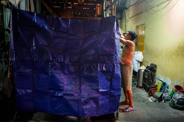 Cuộc sống trong những căn nhà siêu nhỏ ở trung tâm Sài Gòn - Ảnh 3.