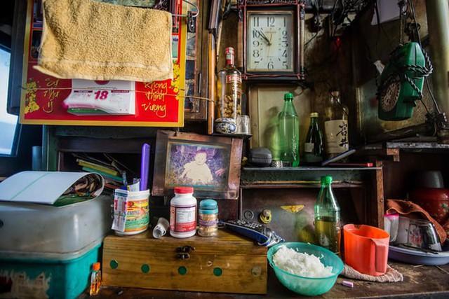 Cuộc sống trong những căn nhà siêu nhỏ ở trung tâm Sài Gòn - Ảnh 4.