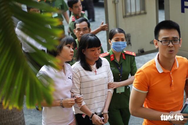 Nhóm khủng bố sân bay Tân Sơn Nhất lại hầu tòa - Ảnh 6.