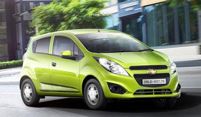 Kỷ lục giá rẻ: Chevrolet trở thành xe chính hãng phá đảo hai phân khúc của thị trường Việt Nam - Ảnh 1.