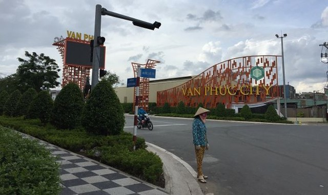 Dự án tỷ USD ven sông Sài Gòn cỏ mọc um tùm - Ảnh 1.