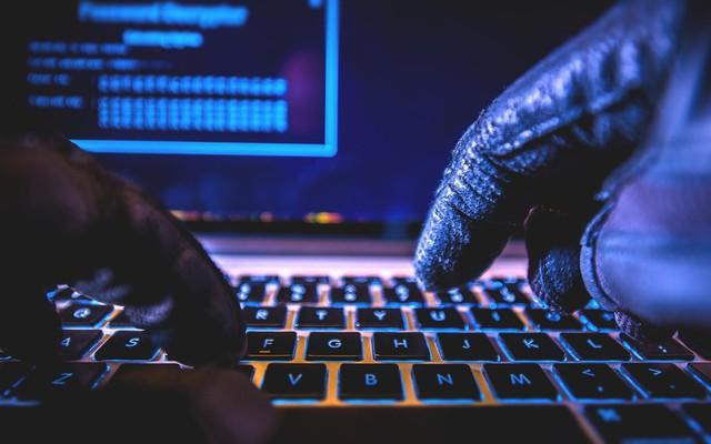 Những câu chuyên thú vị về tỷ phý Jack Dorsey của Twitter: Kiếm được việc nhờ hack trang chủ của công ty, CEO nhưng không có phòng làm việc, cũng không dùng laptop - Ảnh 2.
