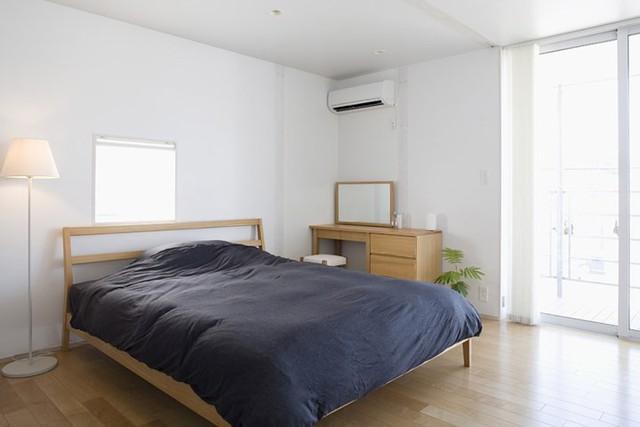 Ngôi nhà mang phong cách tối giản, tân tiến - Ảnh 8.
