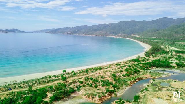 Đại gia địa ốc tháo chạy, dự án nghỉ dưỡng 2.500 tỷ ven biển Ninh Thuận tan hoang hơn 13 năm qua - Ảnh 1.