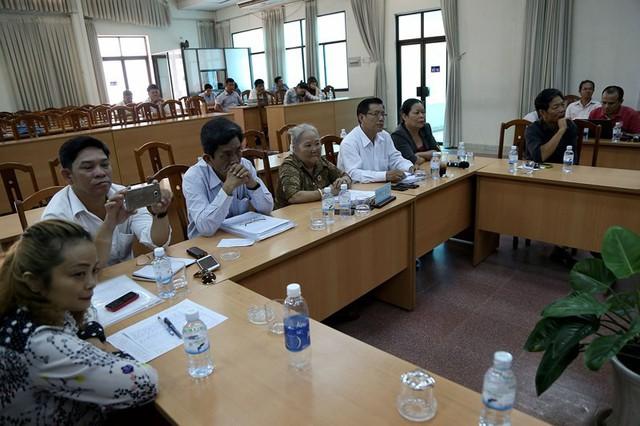 Toàn cảnh lãnh đạo Ban tiếp dân TW và TP.HCM gặp dân Thủ Thiêm - Ảnh 2.