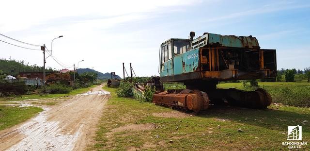 Cận cảnh siêu dự án nghỉ dưỡng ven bãi biển đẹp nhất Ninh Thuận bị bỏ hoang, sắp đến thời điểm bị thu hồi - Ảnh 4.